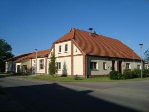 NeubauDorfgemeinschaftshaus in 19300 Prislich